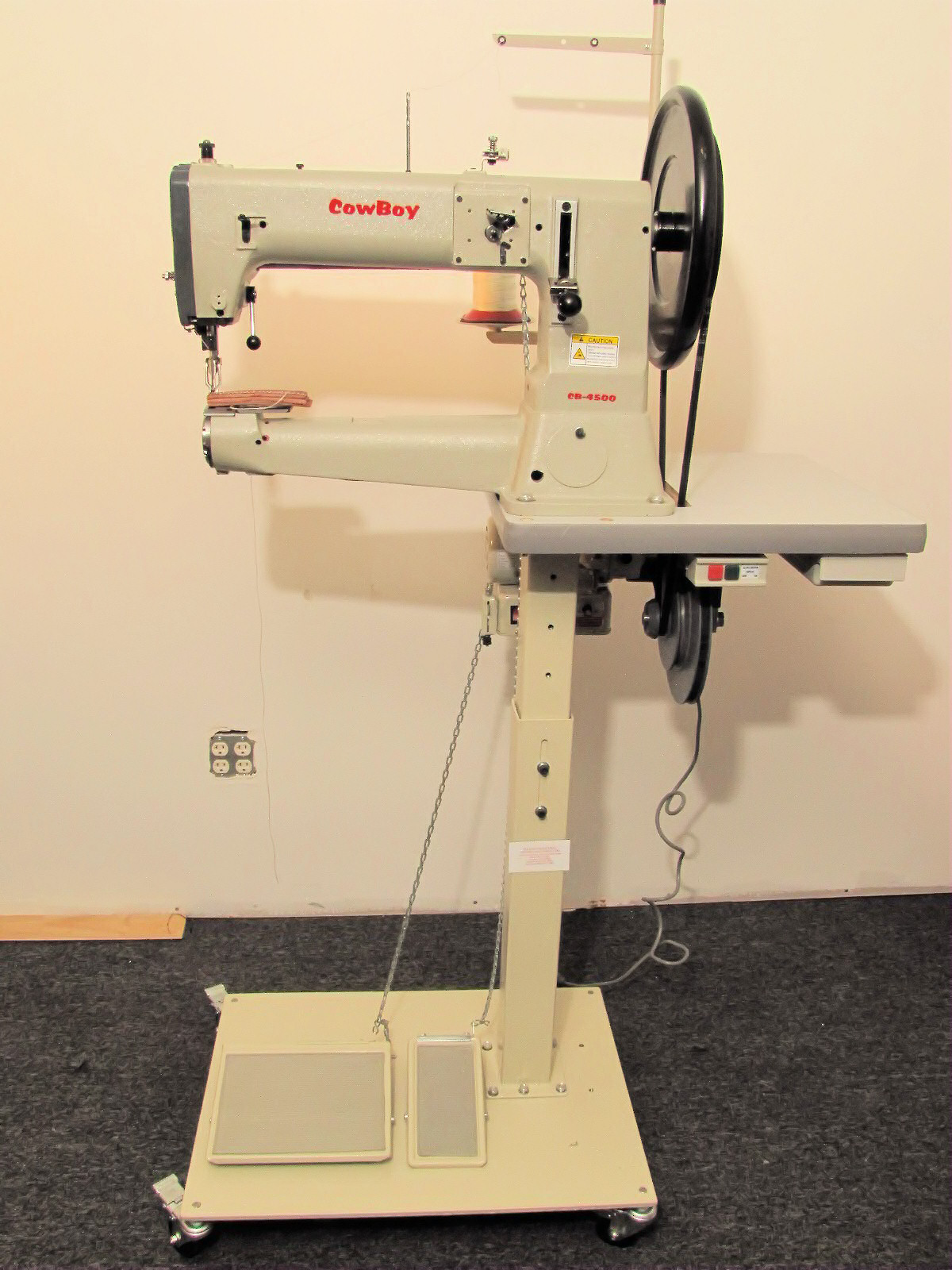 Toledo Industrial Sewing Machines Cowboy Leather Sewing Machines